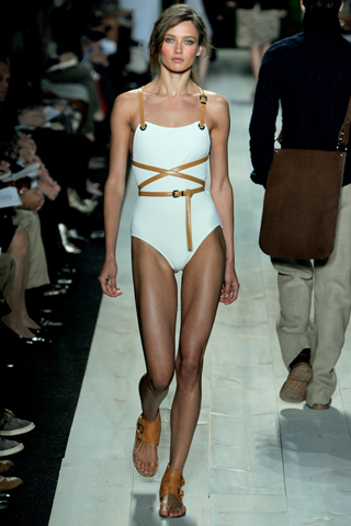443463894541895370 additionally Lingerie besides The History Of Hermes furthermore Stroller In A Purse In Two Seconds likewise 779404279231981844. on fashion harness