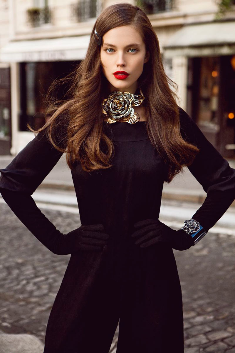 Art8amby S Blog: Editorial: Emily DiDonato By Alexander Neumann For Vogue
